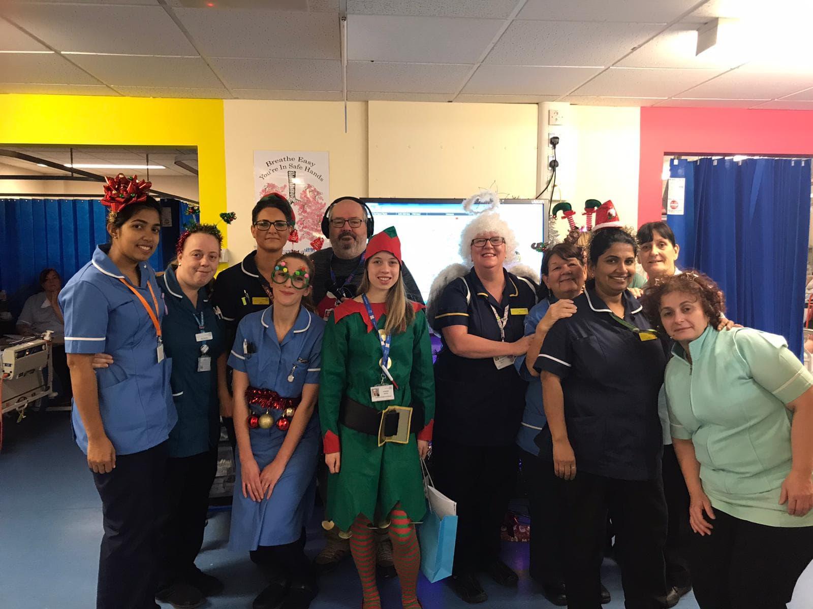 HRP Volunteers with Hexworthy ward staff